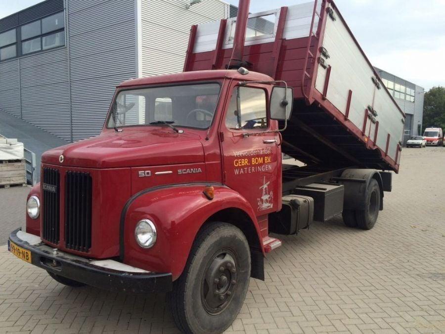 Scania-van-meelhandel-Gebr-Bom-uit-Wateringen-Dirk-Klapwijk-archief-BJ-1974