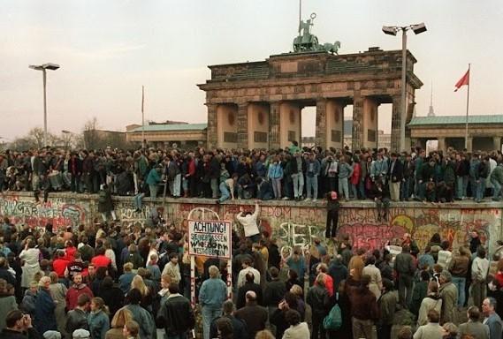 9-nov-1989-de-grenzen-gingen-open-2