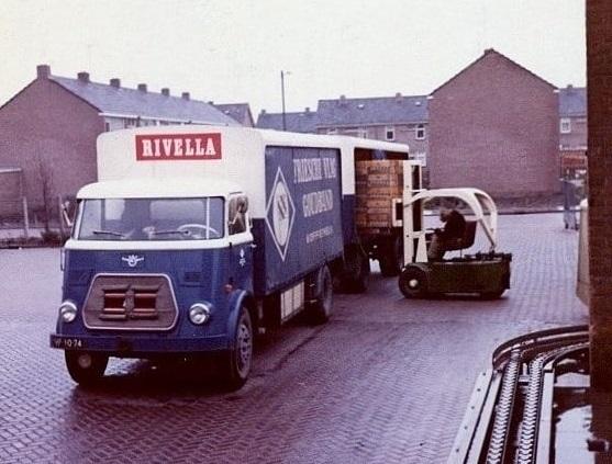 lossen-voor-melkslijters-in-Voorne-Putten--14-2-1968--Teun-Kweekel-archief