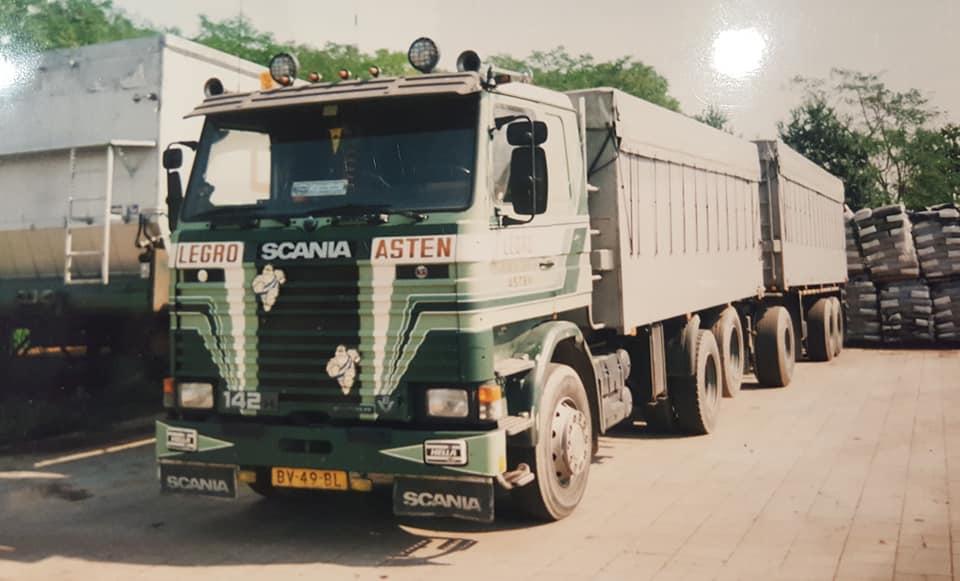 Chauffeur-verstappen-zijn-wagens-11