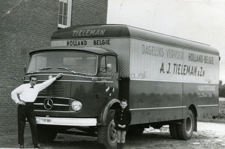 0-Mercedes-2