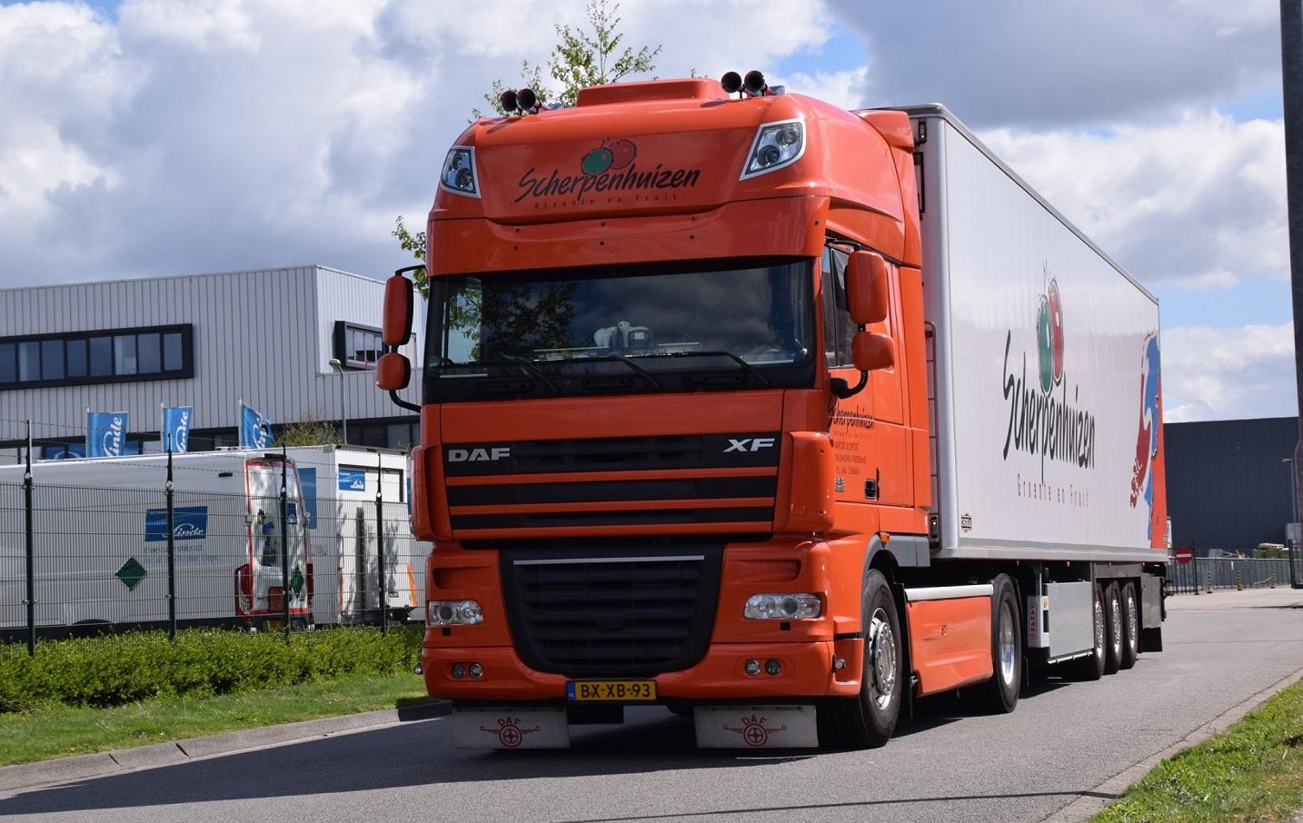 DAF--XF--chauffeur-Henk-Klasens-