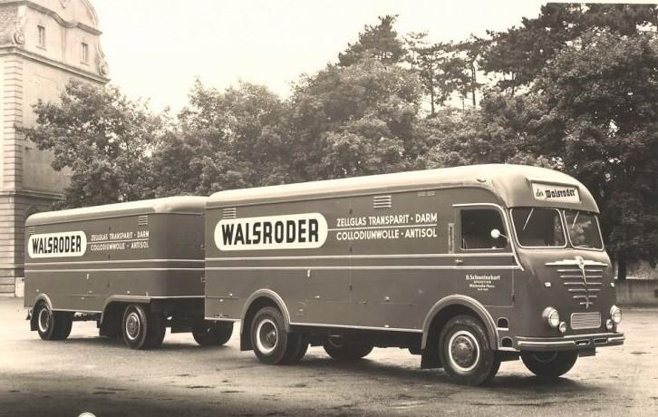 Bussing-met-opbouw-en-aanhanger-van-Kassbohrer-Ulm