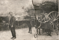 0-1918-is-Jan-Wijtmans-sr-het-bedrijf-begonnen-als-voerman-met-paard-en-wagen--