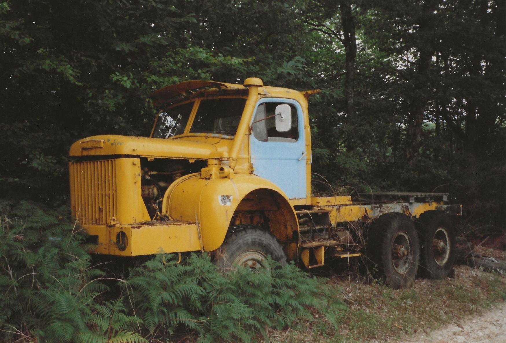 Berliet-GBC-8--Gazelle--6-x-6--Limousin-2004-