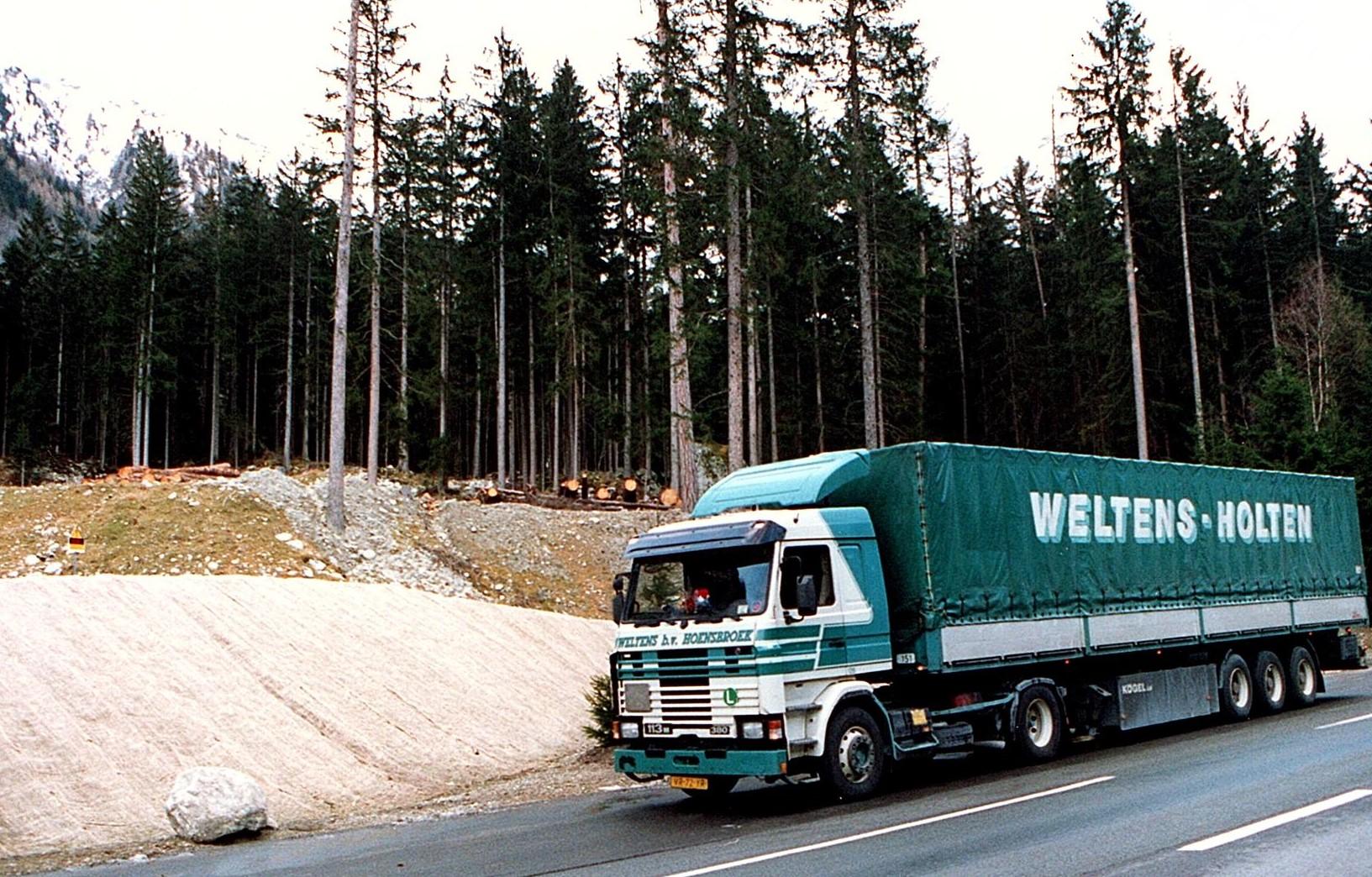 Bert-met-de-Scania-vakantie-vieren-in-Italie-10
