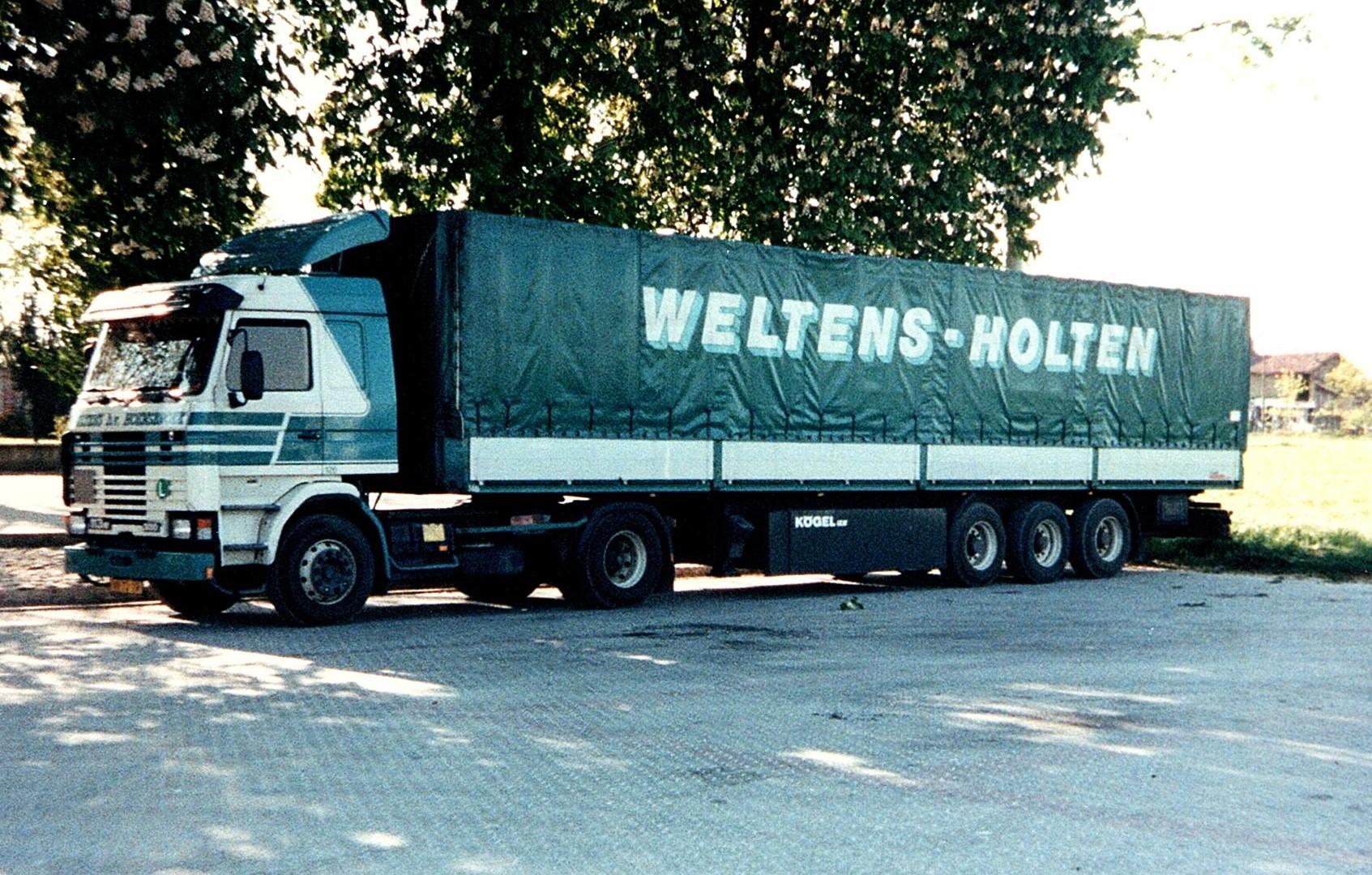 Bert-met-de-Scania-vakantie-vieren-in-Italie-3