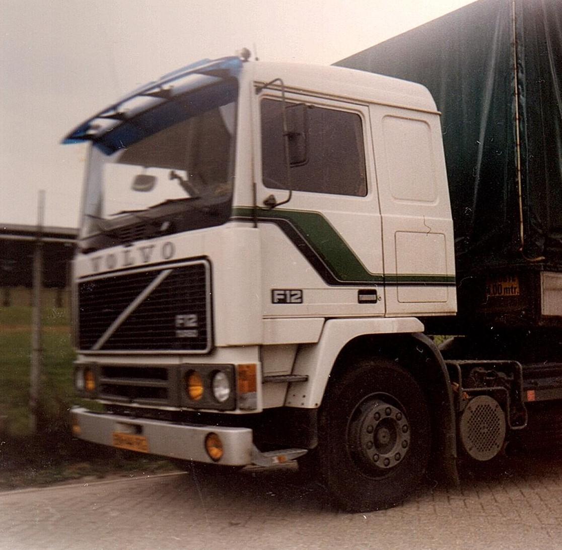Volvo-F12-met-Bert-Kosemans-onderweg--2
