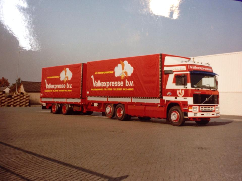 Volvo-6X2---Michael-Dufrasnes-foto-