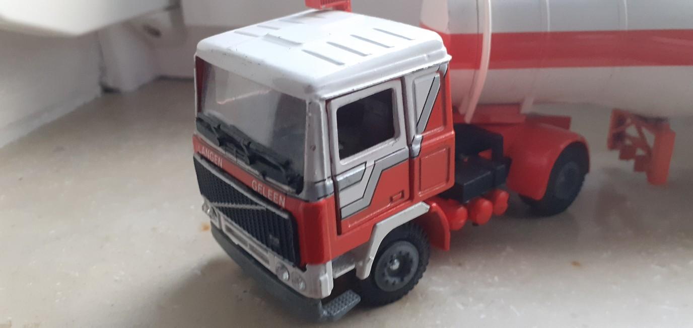 Volvo-model-Fautino-Fesca-2