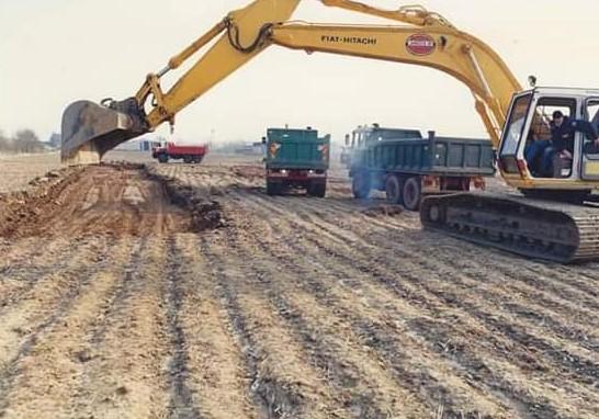 Hans-Blom-Op-starten-afgraving-bij-Staalbouw-Frijnts-2