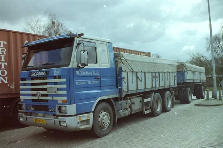 Scania-113-H-6X2-Denny-Sontjes-archief