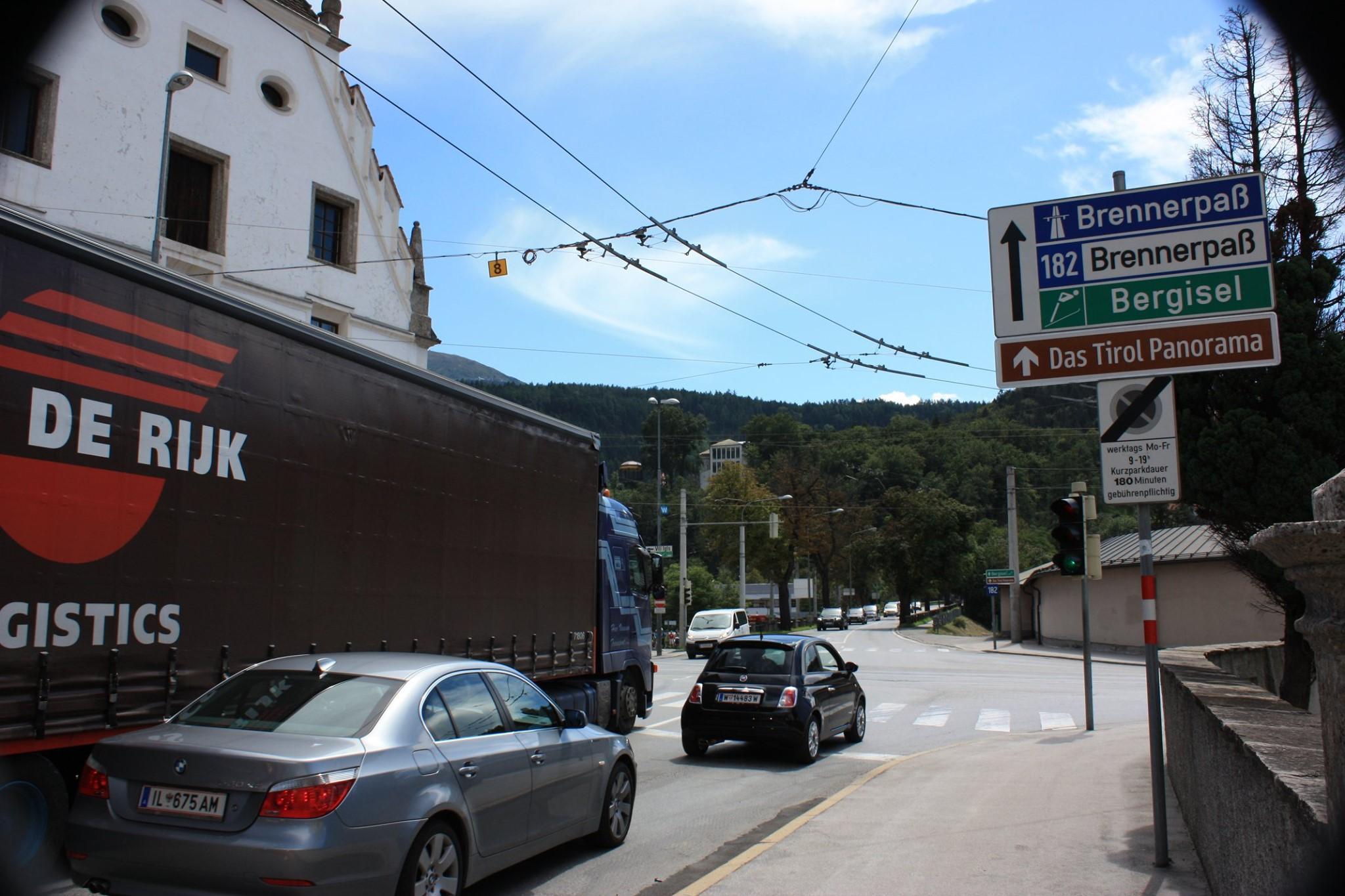 Brennerstrasse-in-Insbruck-2011-Theo-Sijbers-foto