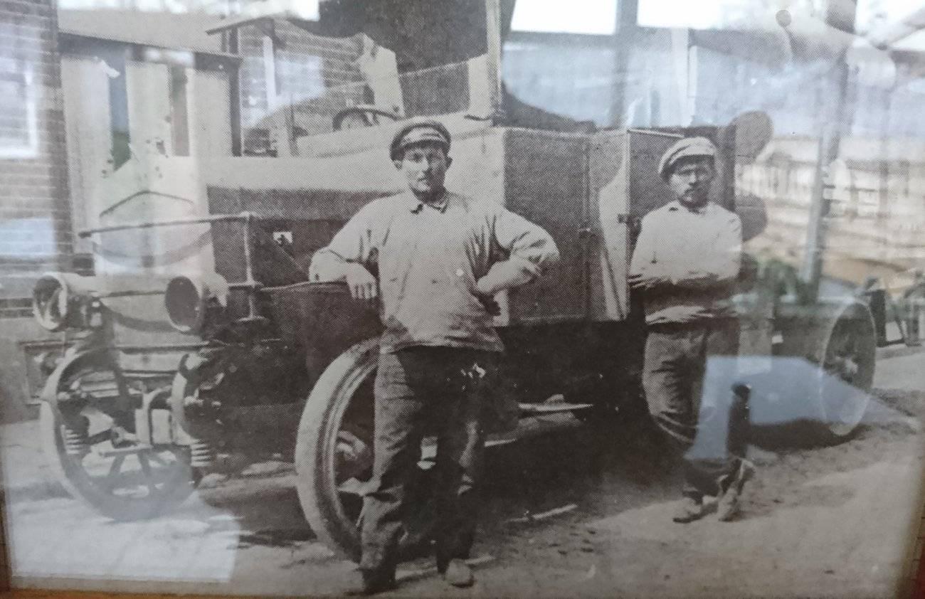 0-Mijn-opa-eerste-vrachtwagen-in-de-regio-Sevenum-