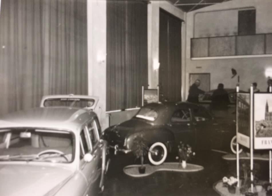 Renault-show-jaarlijkse-autoshow-bij-Hotel-de-Kroon-in-Hellendoorn3