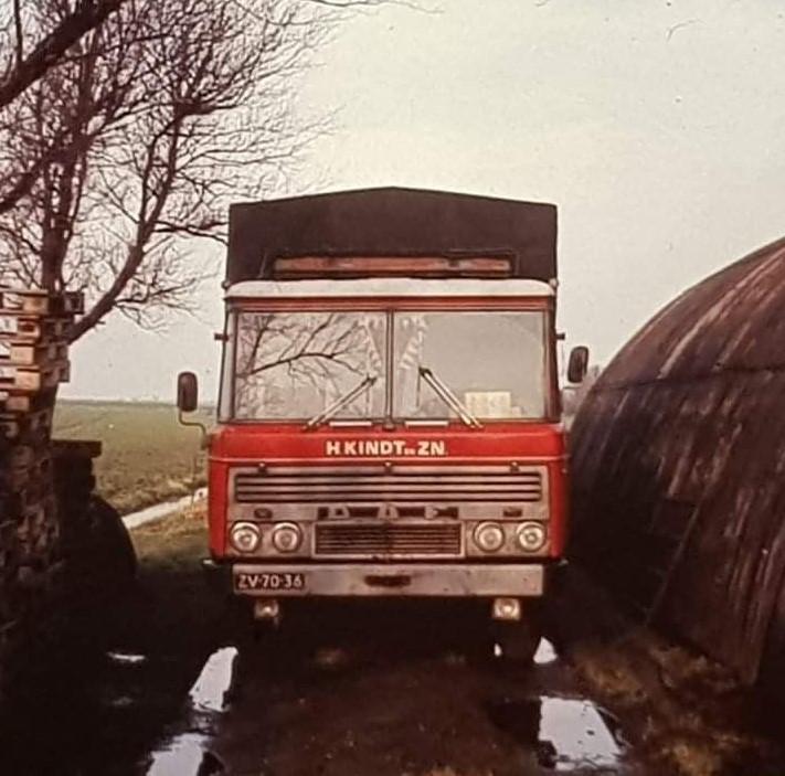 DAF-2600-van-senior--Henk-archief