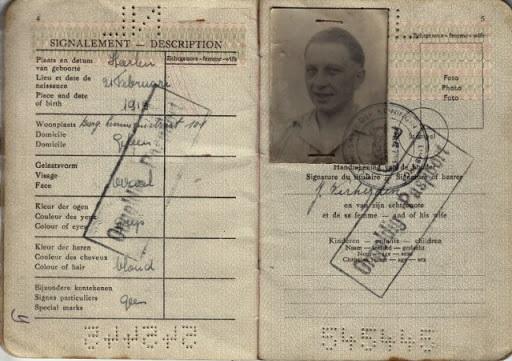 Jack-verheijden-zijn-paspoort-1