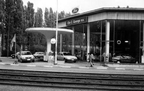 ford-dealer--C.-George-in-Vilvoorde-jaren-80