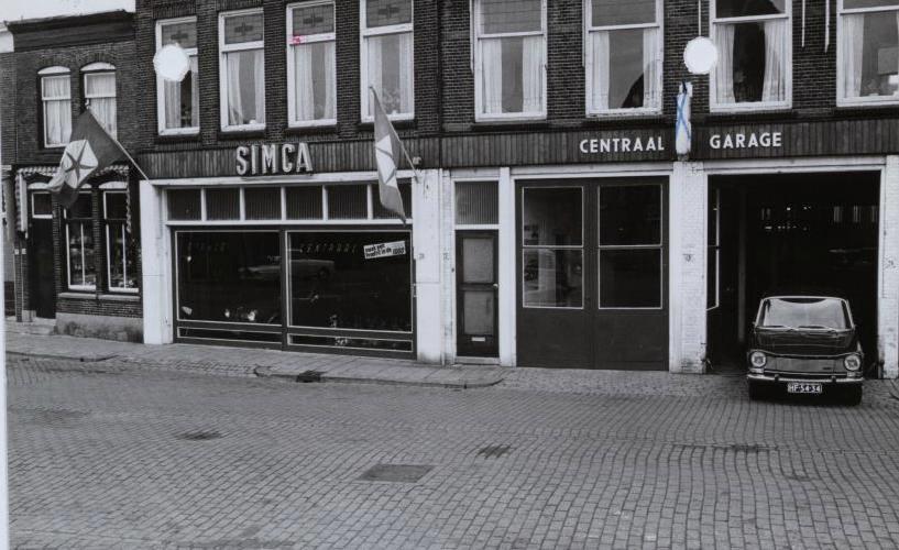 Simca-Dealer--Van-Loon-Garage-Centraal-Nieuwe-Markt-Gouda-