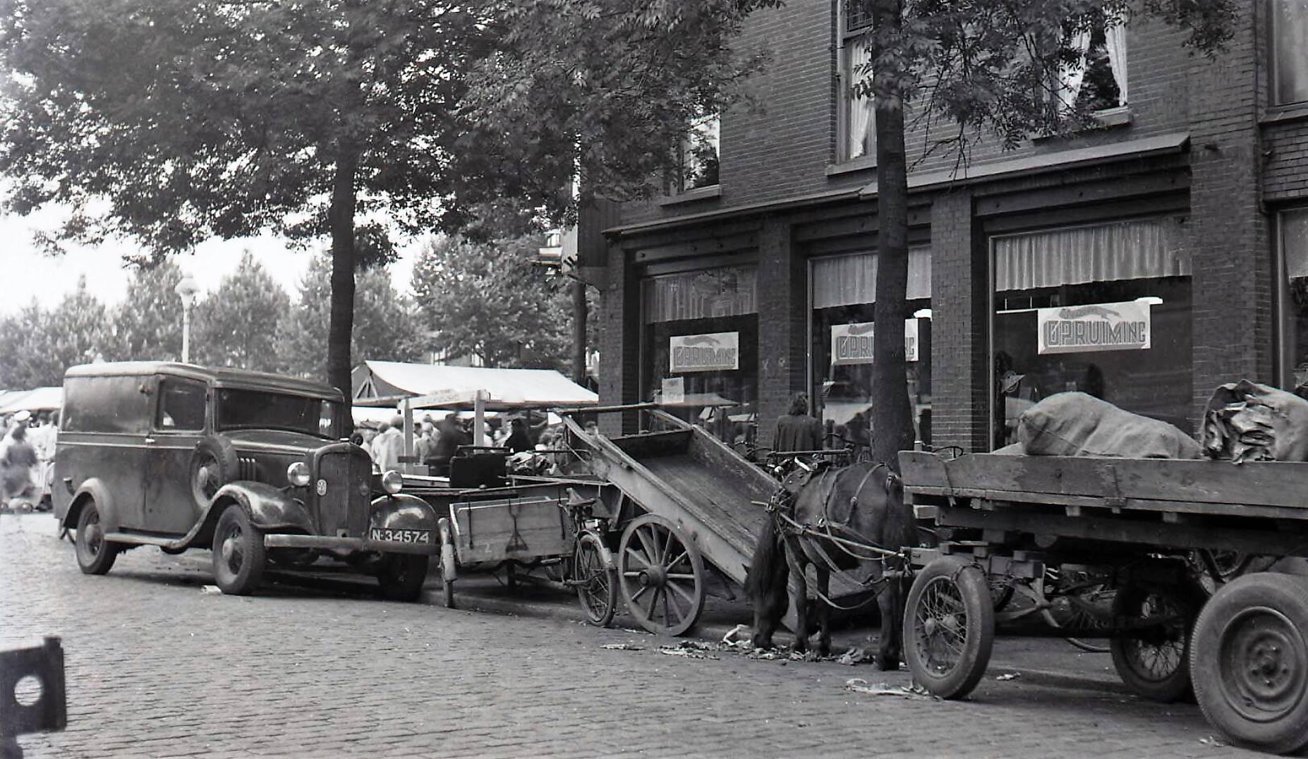 1935-op-de-markt-in-Tilburg