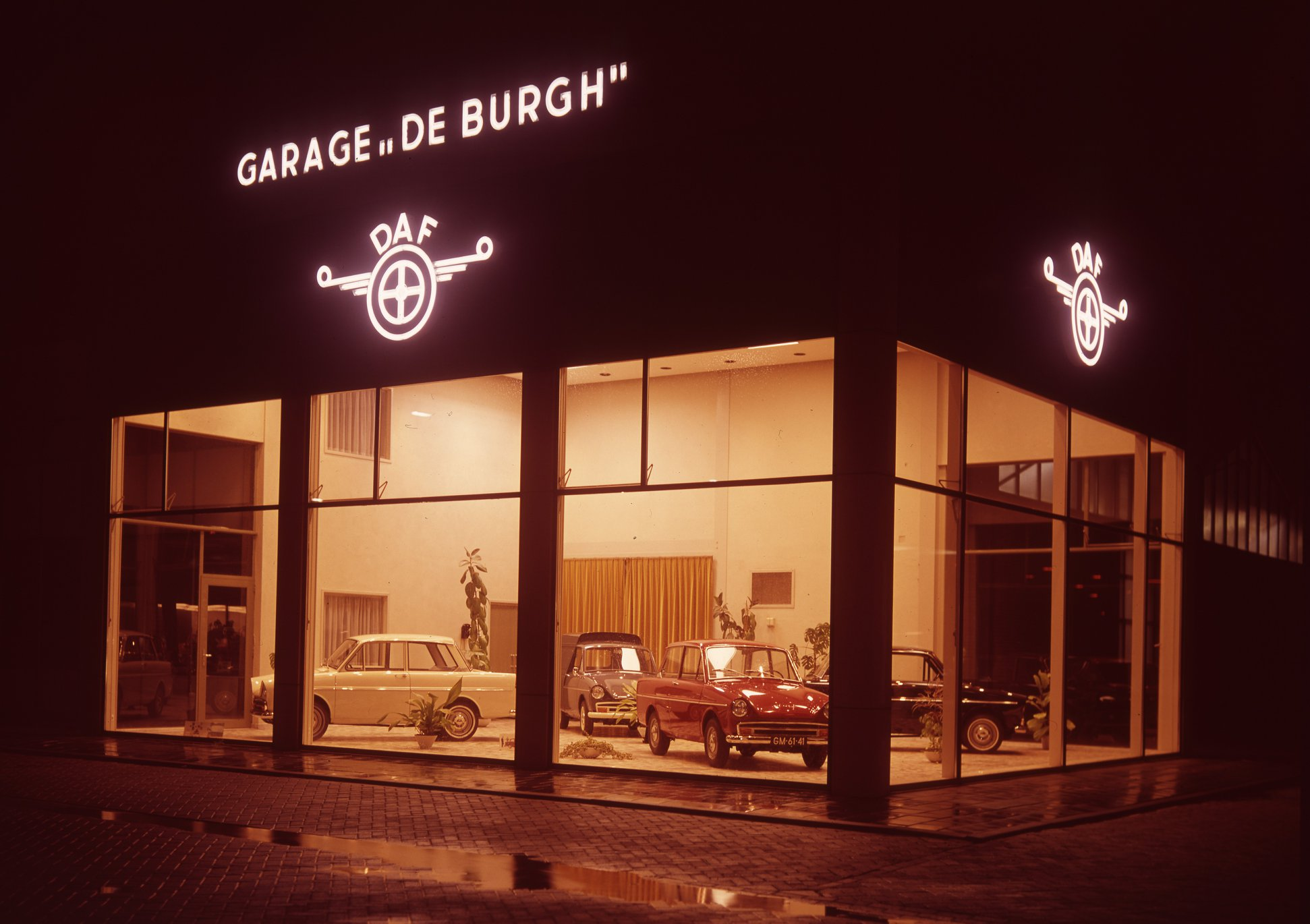Garage--De-Burgh-1964