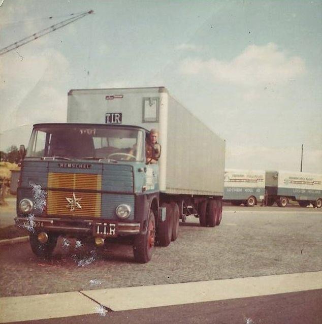 Chauffeur-Wiebe-Mooij--HS-22--6X4-