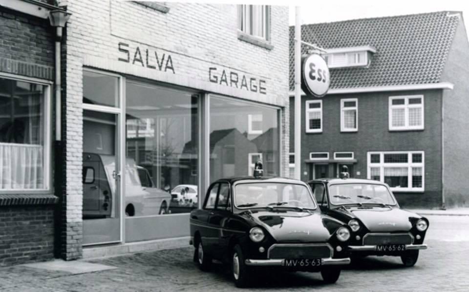 DAF-Dealer-Salva-Valkenswaard-aflevering-2-politie-wagens