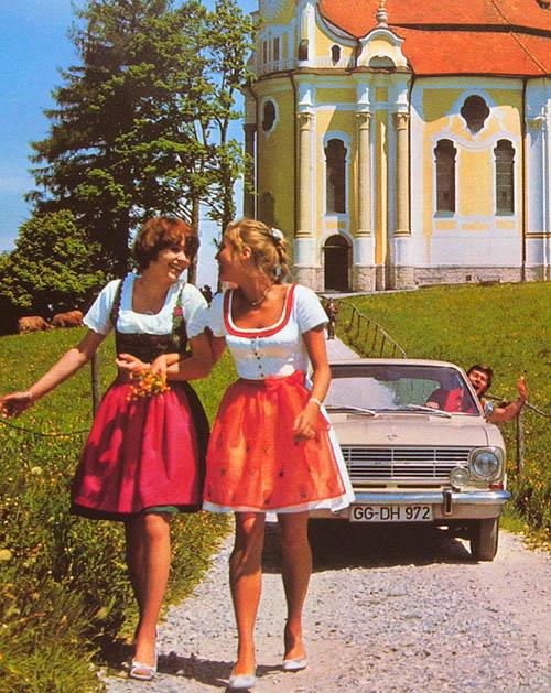 Opel--Kadett-und-Dirndl-