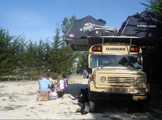 Rodesia-reizen-met-slapen-op-de-bus