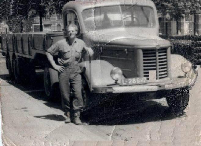 Kromhout-Fam-van-Os--1937