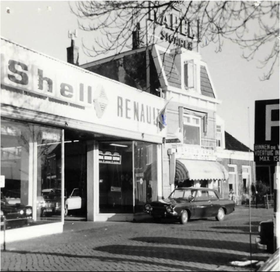 Renault-dealer-De-Vries-te-Sneek--Rudolf-Meijer-foto--1