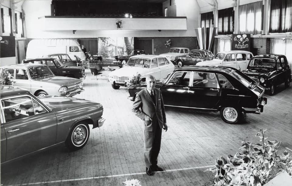 Renault-dealer-De-Vries-te-Sneek--Rudolf-Meijer-foto--3