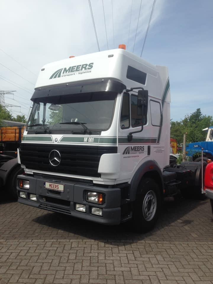 Mercedes-001