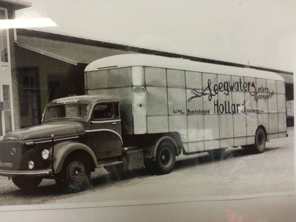 Dit-was-ooit-een-bus-trailer-van-DAF-omgebouwd-als-koel-trailer