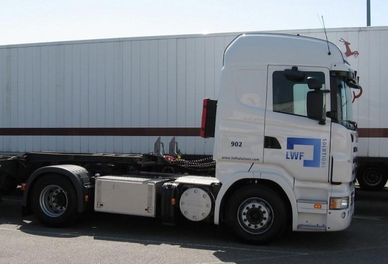 NR-902-Scania-R380-2