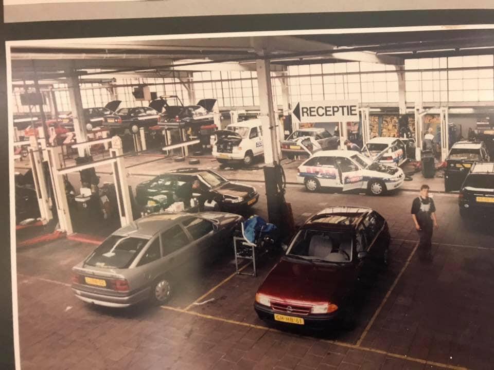 Opel-dealer-ENNAM-aan-de-Hereweg-in-Groningen--Kornelis-Ten-Have-archief-3