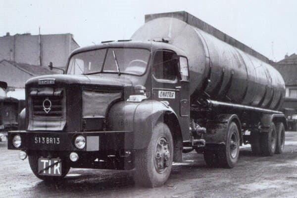BERLIET-TLM-10-M-2-bed-tractor--1965