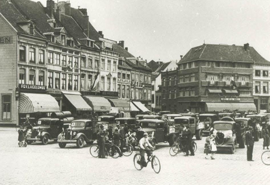 1937-verhuizing-van-Heerderweg-naar-de-Boschpoort--1