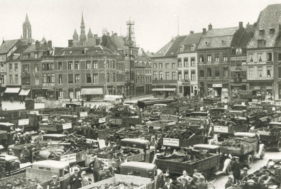 1937-verhuizing-van-Heerderweg-naar-de-Boschpoort--3