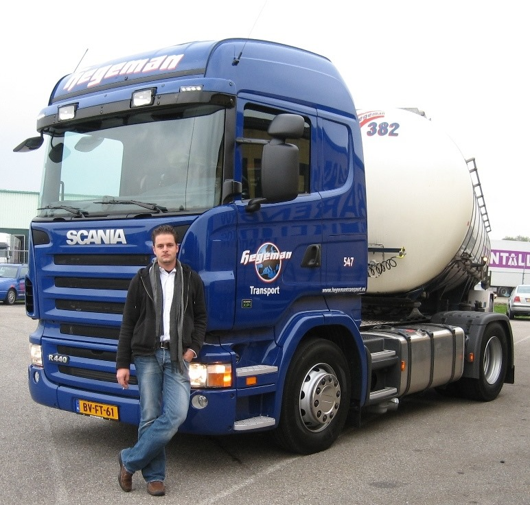 NR-547-Scania-R440-van-Diederik-uit-Eijsden-vaste-wagen-bij-Vinamul-in-Geleen-5