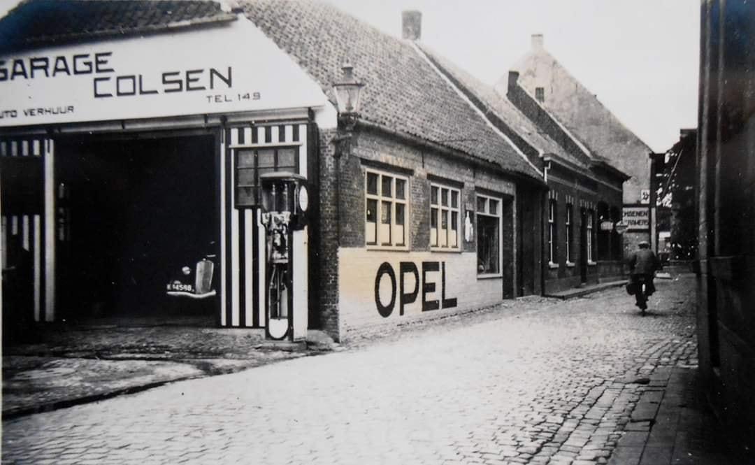 Opel-dealer-Garage-Colsen-Hulst--ca-1950--1