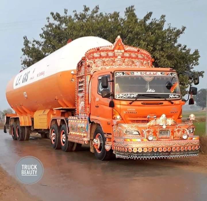Hino-6X4-Gas-trailer