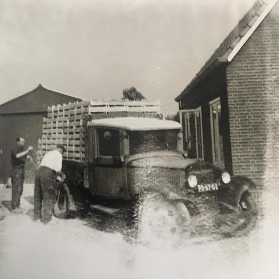 Dodge-uit-1931-eigenaar-A-van-Staalduinen