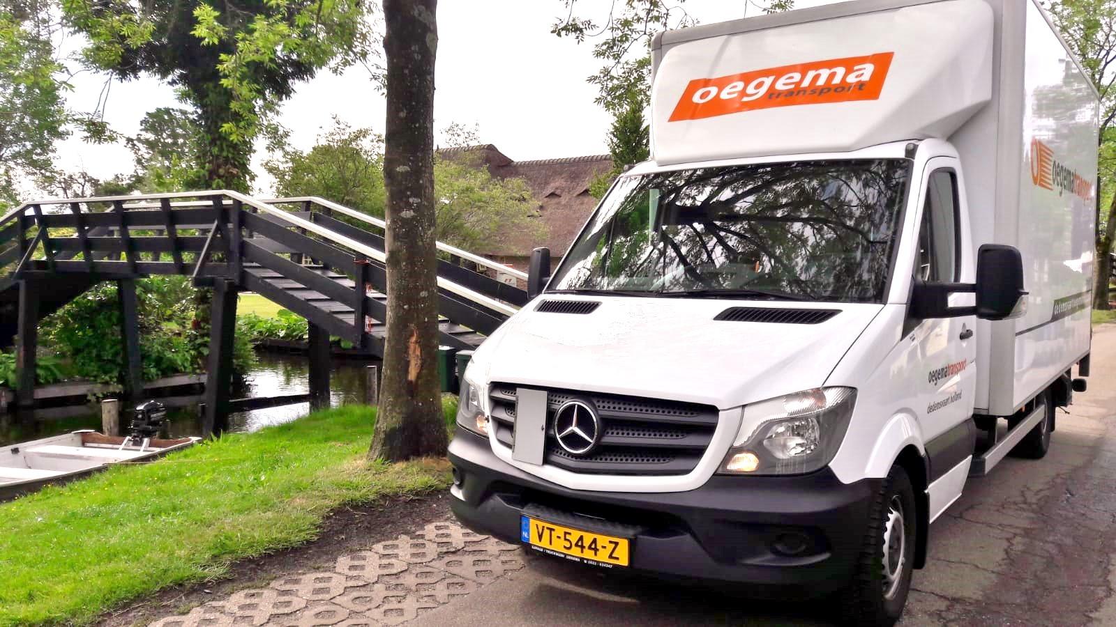 Edgar-met-een-vakantie-toutje-naar-Giethoorn--5-6-2020--2
