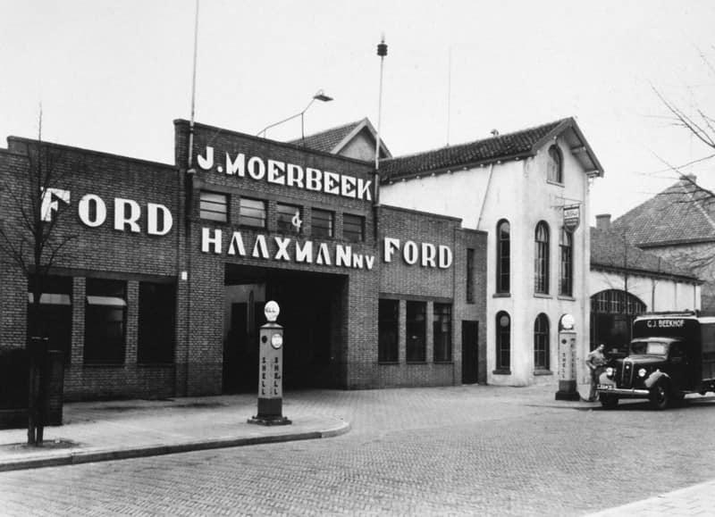 Ford-Dealer-J-Moerbeek-Deventer--Zwolscheweg-97-3