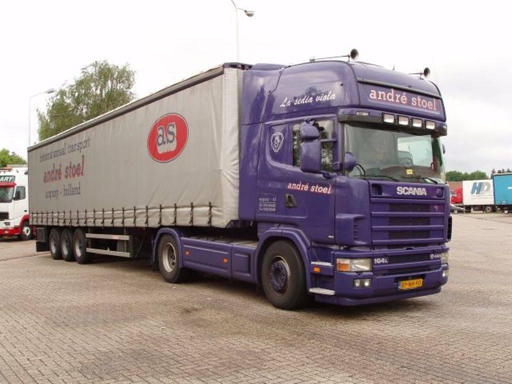 Charter-bij-Hegeman-Andre-Stoel-driver-Coen-Mom