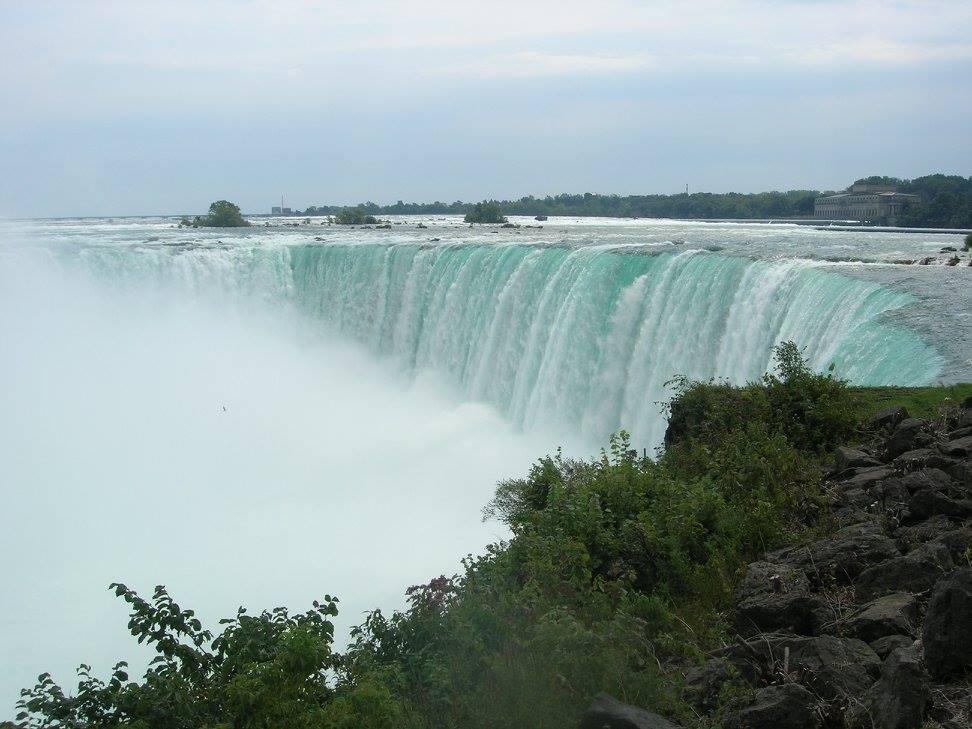 28-A--niagra-falls
