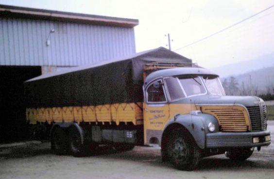 BERLIET-GBM-10-en-cabine-Cottard-couchette-de-1955-56