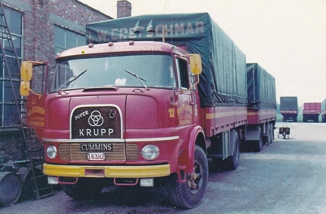 Krupp-met-Cummins-motor-Steenbergen