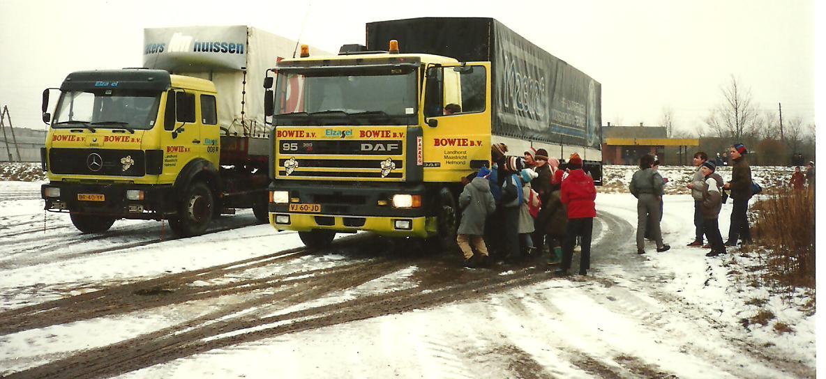 Wiet-Frenken-foto-in-letland-Jan-Weerts-met-de-Daf--